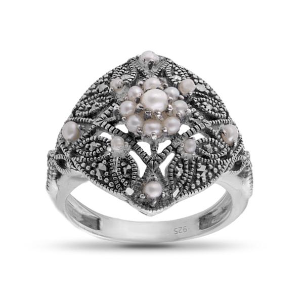 Кольцо из серебра с микрожемчугом и марказитом
