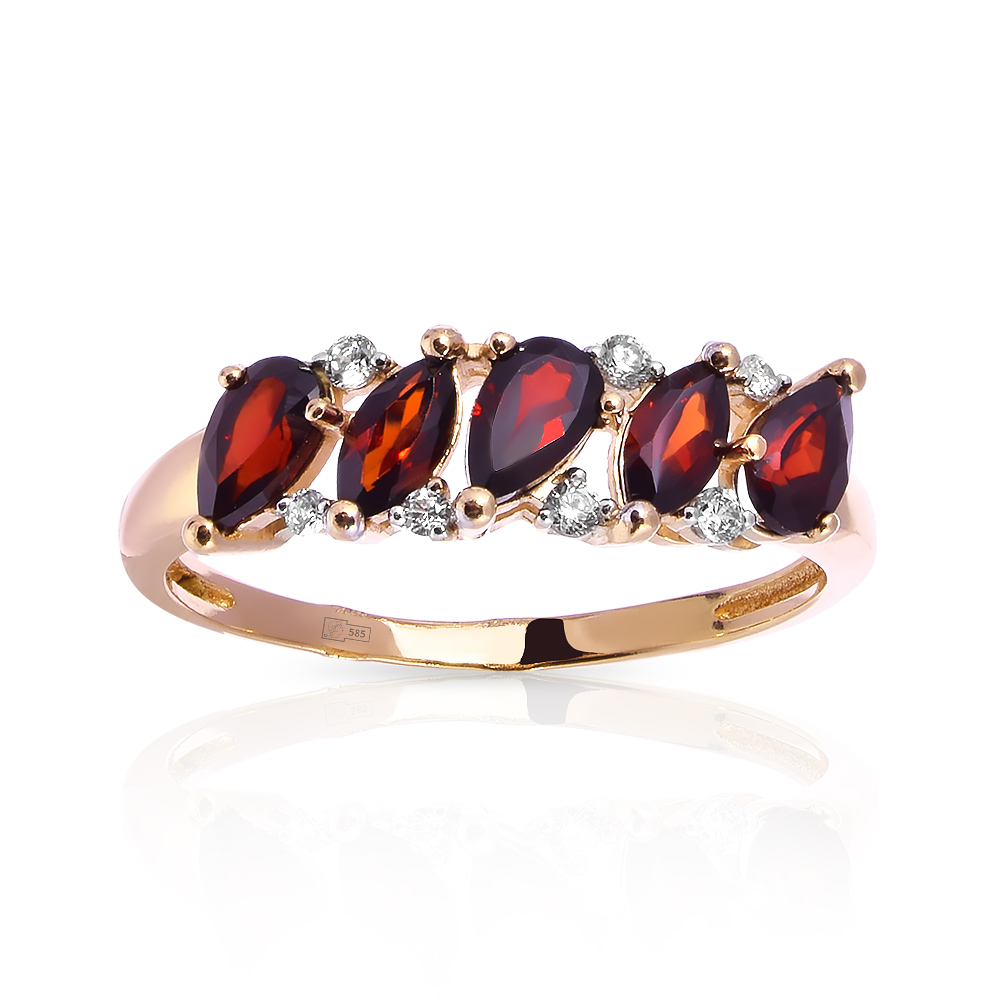 Кольцо с гранатами и фианитами из красного золота